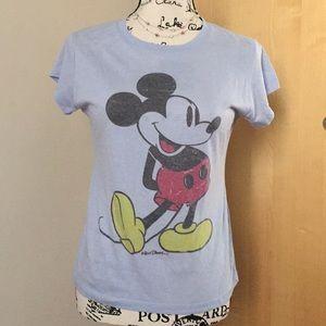 NWOT Walt Disney Mickey Mouse t-shirt